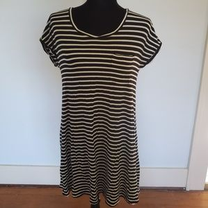 American Eagle Small black and white stripes